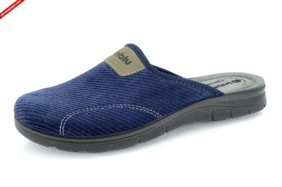 abdd7103f42cf Wnętrze buta: materiał plus wkładka skórzana. Spód: lekka pianka  pliuretanowa. Rozmiar: 40 - 46. Dodatkowe informacje: Kapcie gwarantują  wygodę ze względu ...